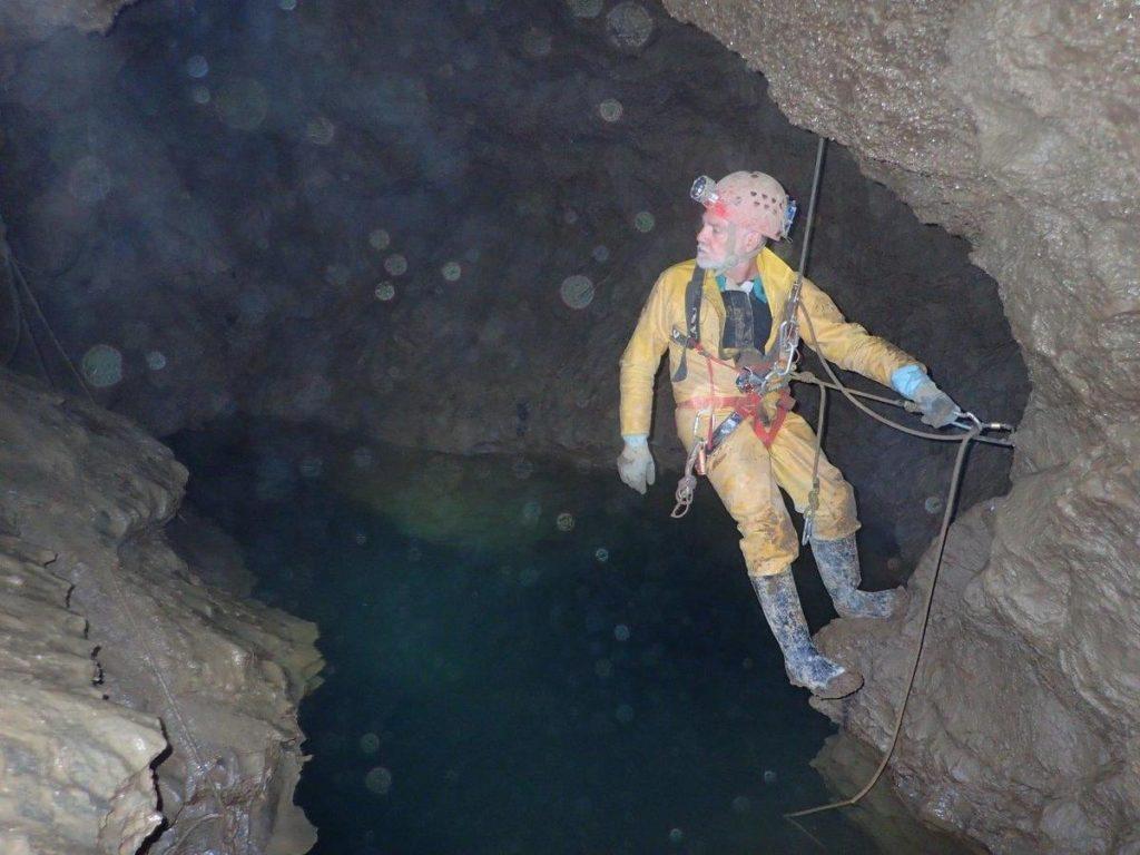Grotte de Comblain Trou des Barbus GRSC